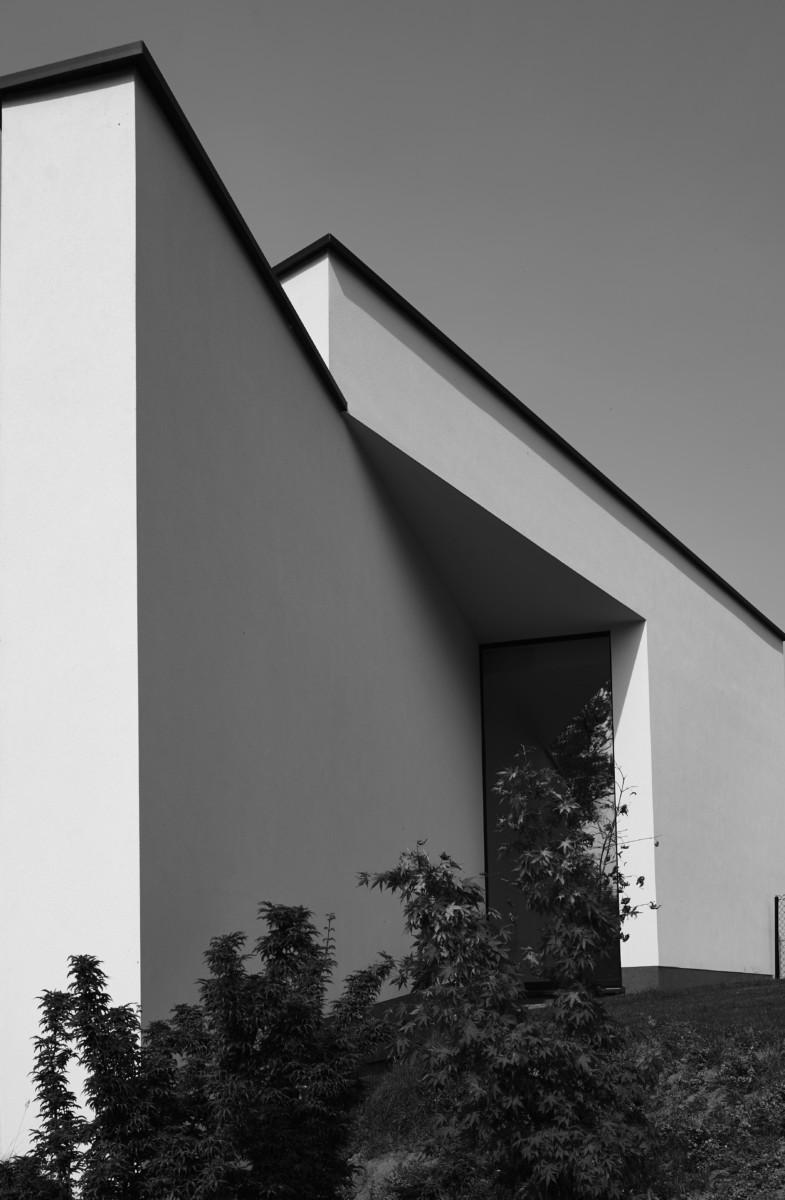 façade d'une villa contemporaine dessinée par Hervé Vanden Haute